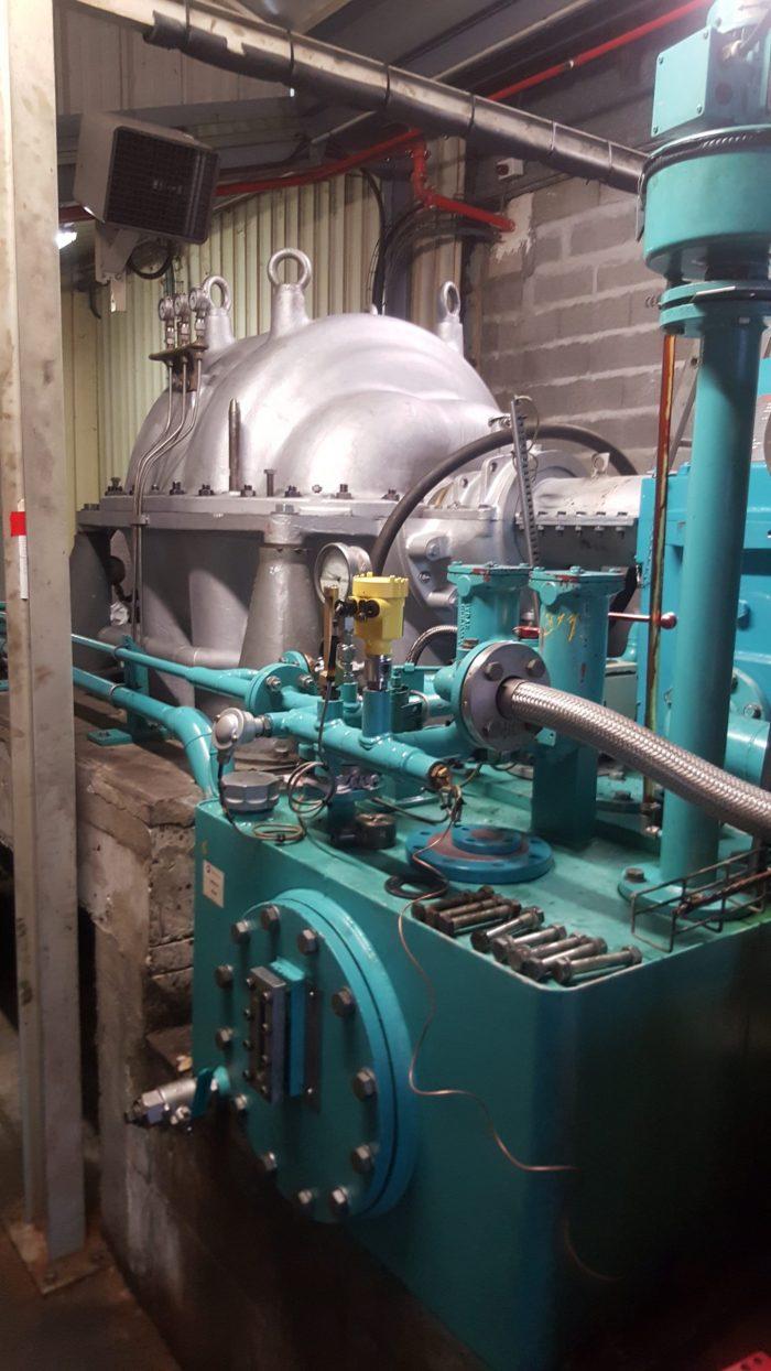 Maintenance hydraulique stationnaire