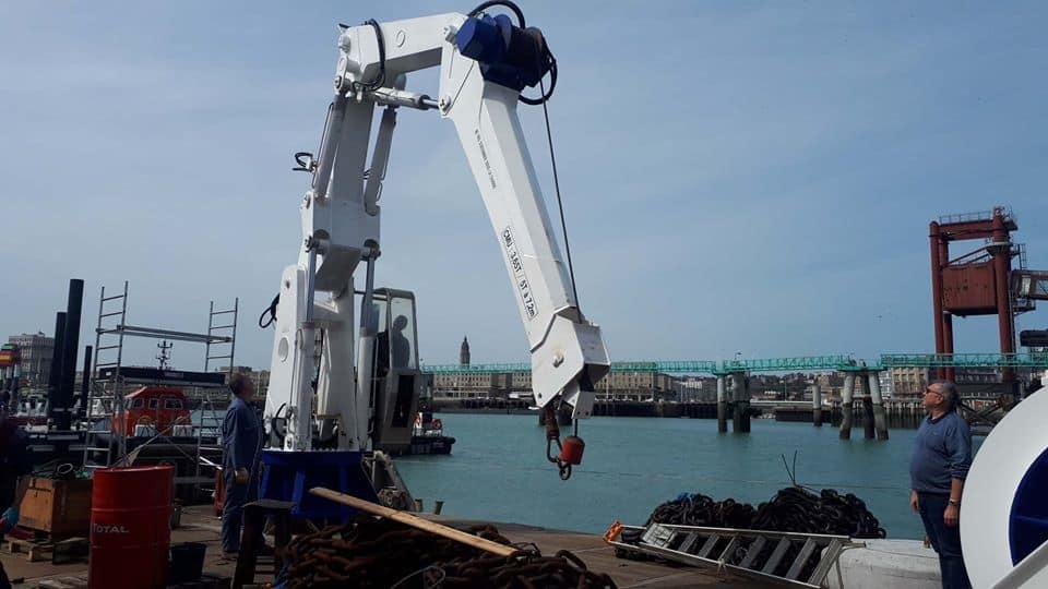 Maintenance hydraulique mobile grue Portuaire
