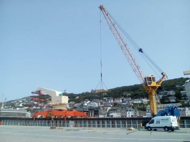 Intervention Hydraulique grue portuaire
